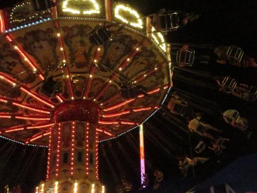 Spinny carousel doohickey